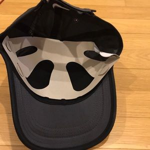 Nike Accessories - Tiger Woods Nike adult baseball hat